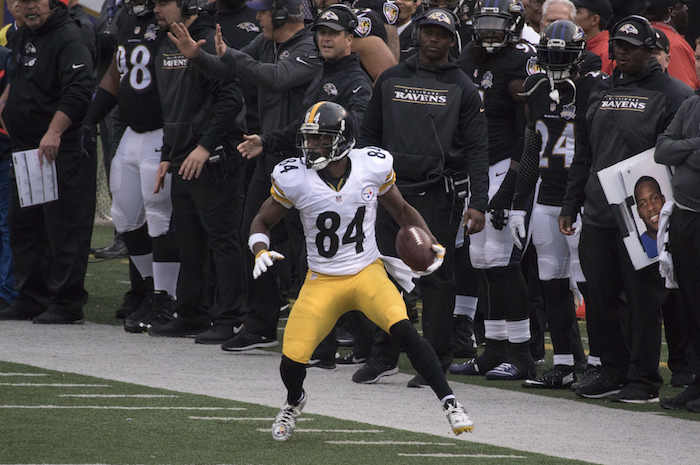 Antonio Brown Busted With 100 MPH Speeding Ticket